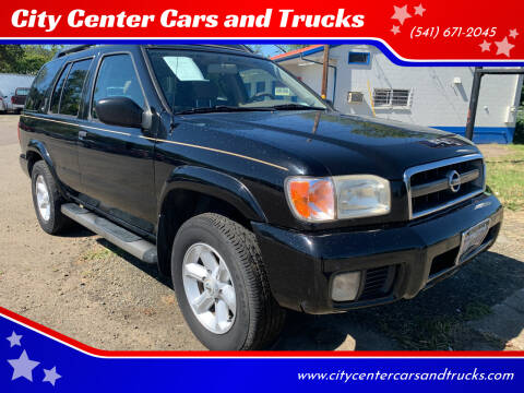 2004 Nissan Pathfinder for sale at City Center Cars and Trucks in Roseburg OR