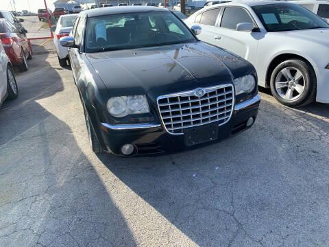 2005 Chrysler 300 for sale at BULLSEYE MOTORS INC in New Braunfels TX