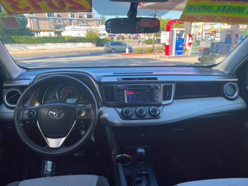 2013 Toyota RAV4 AWD LE 4dr SUV - Elizabeth NJ