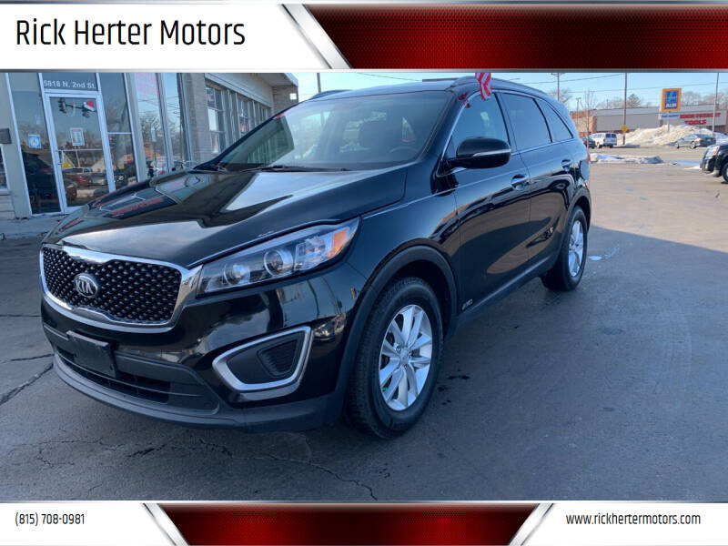 2016 Kia Sorento for sale at Rick Herter Motors in Loves Park IL