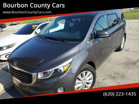 2015 Kia Sedona for sale at Bourbon County Cars in Fort Scott KS