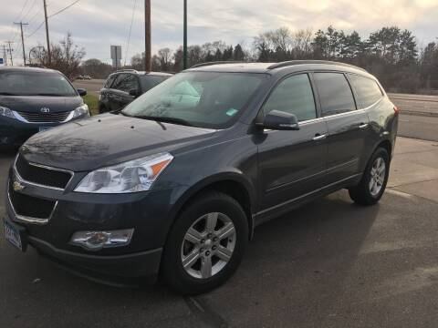 2011 Chevrolet Traverse for sale at Premier Motors LLC in Crystal MN