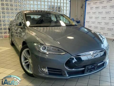 2014 Tesla Model S for sale at iAuto in Cincinnati OH