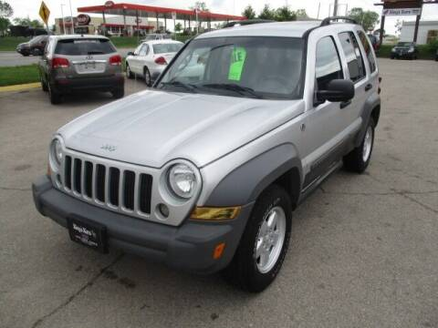 2005 Jeep Liberty for sale at King's Kars in Marion IA