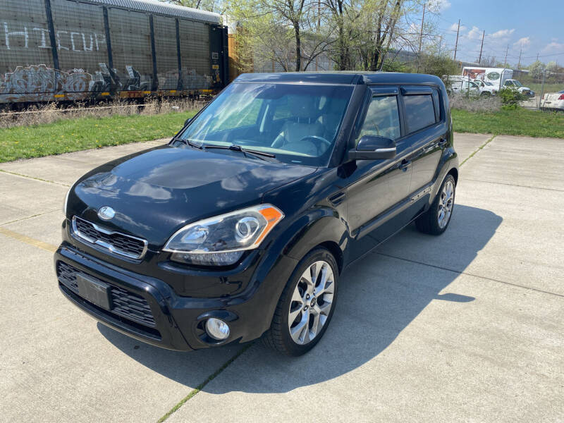 2013 Kia Soul for sale at Mr. Auto in Hamilton OH
