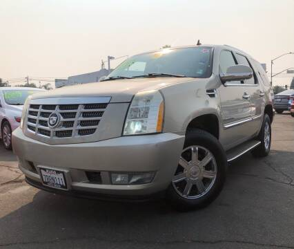 2007 Cadillac Escalade for sale at LUGO AUTO GROUP in Sacramento CA