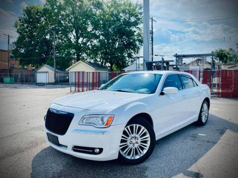 2013 Chrysler 300 for sale at ARCH AUTO SALES in Saint Louis MO