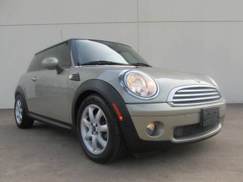 2009 MINI Cooper for sale at QUALITY MOTORCARS in Richmond TX
