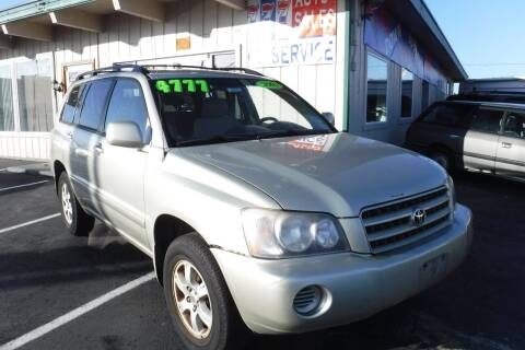 2002 Toyota Highlander for sale at 777 Auto Sales and Service in Tacoma WA