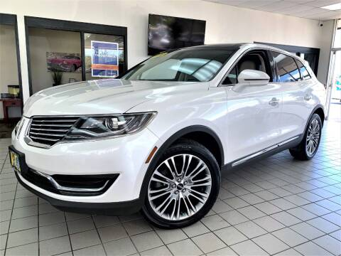 2016 Lincoln MKX for sale at SAINT CHARLES MOTORCARS in Saint Charles IL