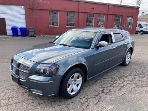 2006 Dodge Magnum for sale at ENFIELD STREET AUTO SALES in Enfield CT