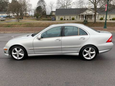 2005 Mercedes-Benz C-Class for sale at Diana Rico LLC in Dalton GA