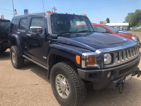 2007 HUMMER H3 for sale at BARNES AUTO SALES in Mandan ND