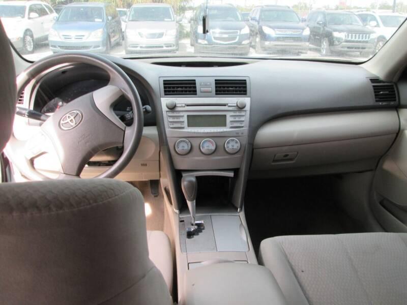 2011 Toyota Camry 4dr Sedan 6A - Orlando FL