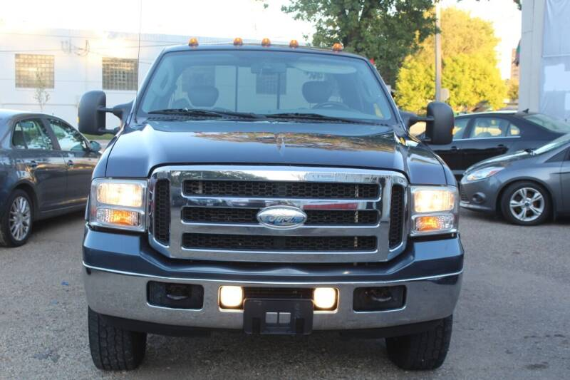 2006 Ford F-250 Super Duty for sale at Rochester Auto Mall in Rochester MN