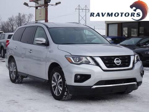 2020 Nissan Pathfinder for sale at RAVMOTORS in Burnsville MN