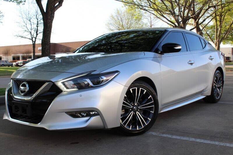 2017 Nissan Maxima for sale at DFW Universal Auto in Dallas TX