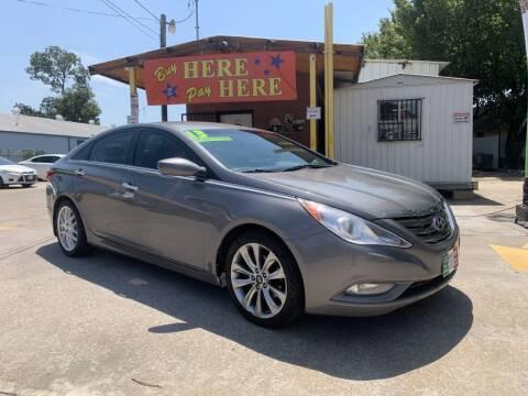 2013 Hyundai Sonata for sale at ASHE AUTO SALES, LLC. in Dallas TX