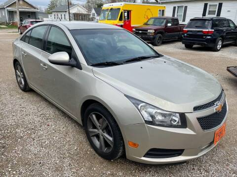 2013 Chevrolet Cruze for sale at VAZQUEZ AUTO SALES in Bloomington IL