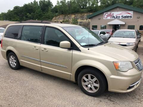 2012 Chrysler Town and Country for sale at Gilly's Auto Sales in Rochester MN