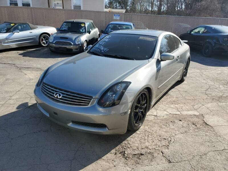 2004 Infiniti G35 for sale at JR's Auto Connection in Hudson NH