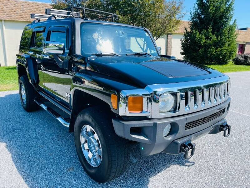 2006 HUMMER H3 for sale at CROSSROADS AUTO SALES in West Chester PA
