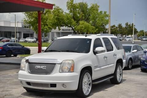2007 GMC Yukon for sale at Motor Car Concepts II - Kirkman Location in Orlando FL