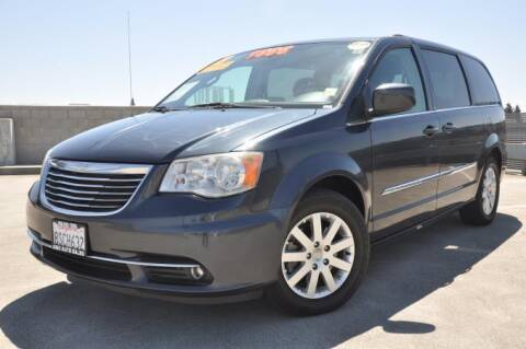 2013 Chrysler Town and Country for sale at AMC Auto Sales Inc in San Jose CA