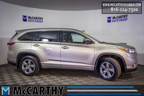 2015 Toyota Highlander for sale at Mr. KC Cars - McCarthy Hyundai in Blue Springs MO