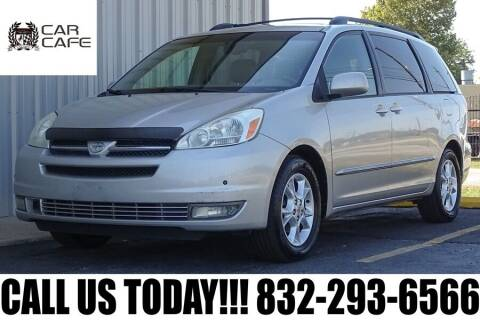 2004 Toyota Sienna for sale at CAR CAFE LLC in Houston TX