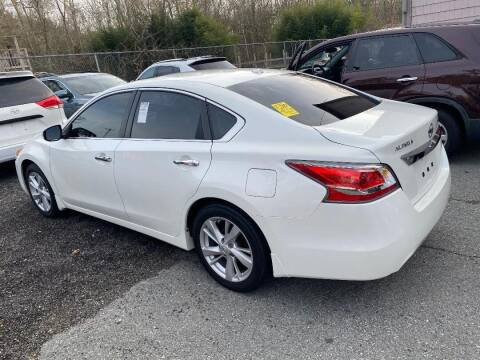 2015 Nissan Altima for sale at Mike's Auto Sales in Westport MA