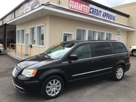 2013 Chrysler Town and Country for sale at Suarez Auto Sales in Port Huron MI