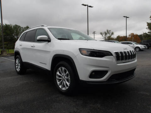 2019 Jeep Cherokee for sale at TAPP MOTORS INC in Owensboro KY