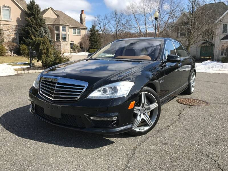 2010 Mercedes-Benz S-Class for sale at CLIFTON COLFAX AUTO MALL in Clifton NJ