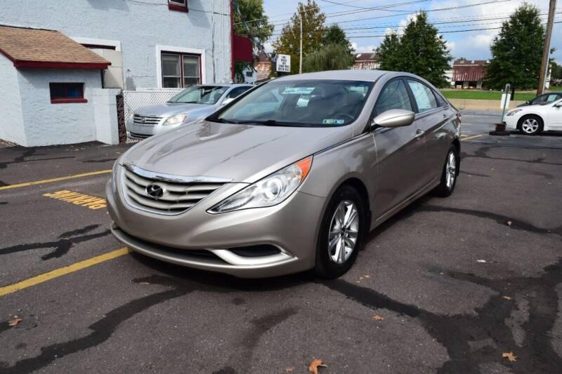 2011 Hyundai Sonata for sale at L&J AUTO SALES in Birdsboro PA