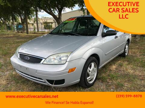 2006 Ford Focus for sale at EXECUTIVE CAR SALES LLC in North Fort Myers FL