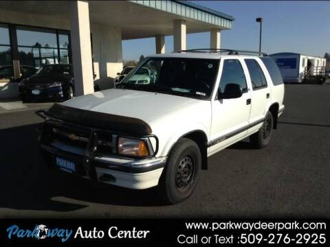 1996 Chevrolet Blazer for sale at PARKWAY AUTO CENTER AND RV in Deer Park WA