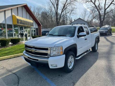 2011 Chevrolet Silverado 1500 for sale at Bronco Auto in Kalamazoo MI