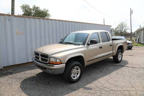 2004 Dodge Dakota for sale at Queen City Classics in West Chester OH