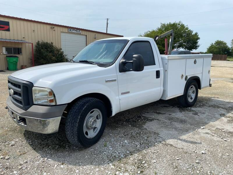 2005 Ford F-350 Super Duty for sale at Gtownautos.com in Gainesville TX