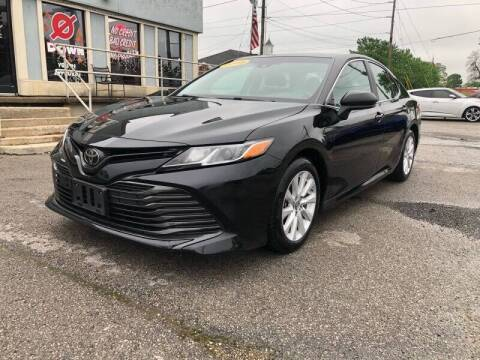 2018 Toyota Camry for sale at Bagwell Motors in Lowell AR