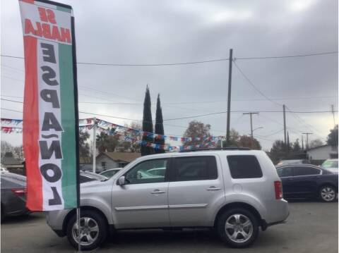 2015 Honda Pilot for sale at Dealers Choice Inc in Farmersville CA