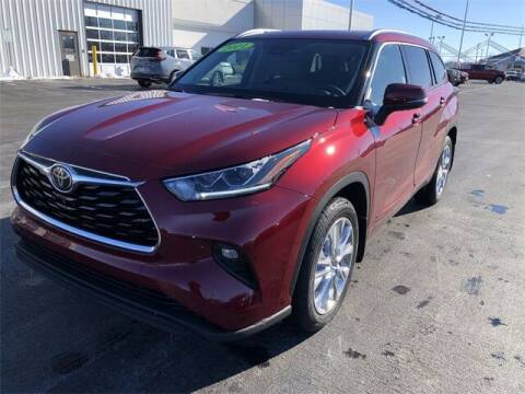 2021 Toyota Highlander for sale at White's Honda Toyota of Lima in Lima OH