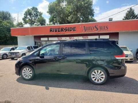 2011 Toyota Sienna for sale at RIVERSIDE AUTO SALES in Sioux City IA