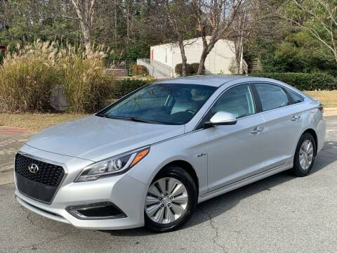 2016 Hyundai Sonata Hybrid for sale at Triangle Motors Inc in Raleigh NC