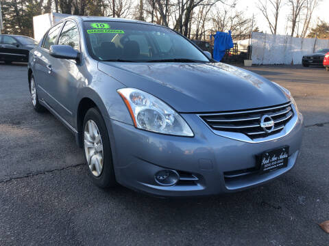 2010 Nissan Altima for sale at PARK AVENUE AUTOS in Collingswood NJ