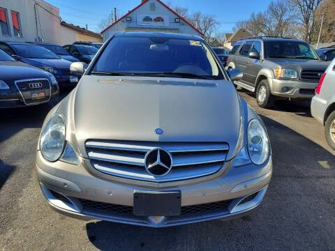 2007 Mercedes-Benz R-Class for sale at Rochester Auto Mall in Rochester MN