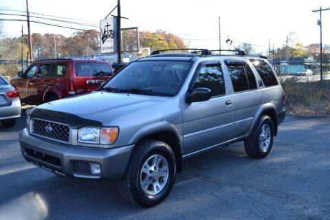 2001 Nissan Pathfinder for sale at Victory Auto Sales in Randleman NC