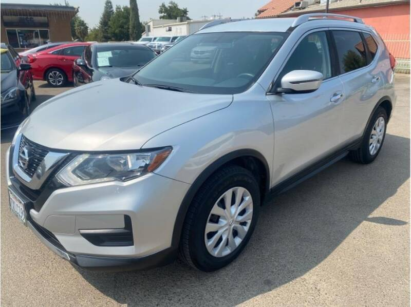 2017 Nissan Rogue for sale at MADERA CAR CONNECTION in Madera CA