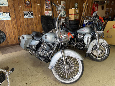 2010 Harley Davidson Road King for sale at B & W Auto in Campbellsville KY